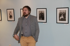 Vernissage in Samara. Mikhail Savchenko - director of the Museum of Modern