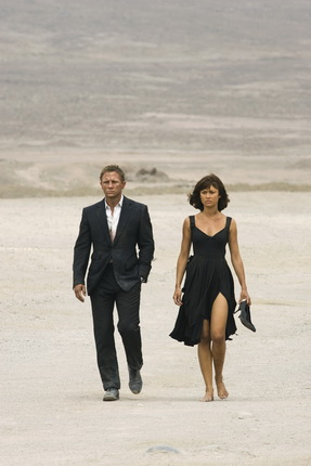 Camille Montes played by Olga Kurylenko, with Daniel Craig as James Bond. Copyright Notice - Quantum of Solace. © 2008 Danjaq, LLC, United Artists Corporation, Columbia Pictures Industries, Inc. All Rights Reserved. Credit - EON Productions