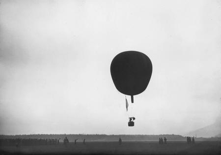 Karl Bulla.
