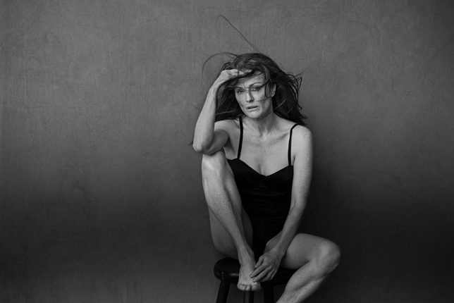 Julianne moore by peter lindberg for pirelli calendar 2017