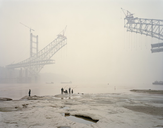 Nadav Kander. Chongqing XI. 2007. From the series: Yangtze, The Long River, 2006-07. © Prix Pictet Earth