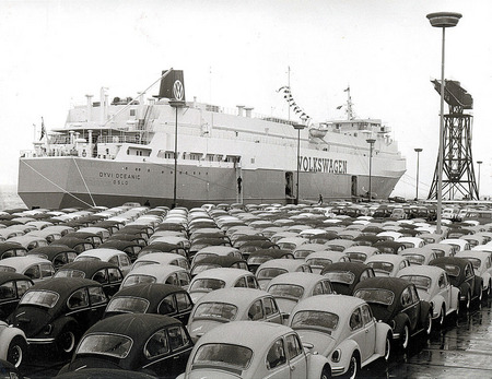 Shipment at Mexico port. 