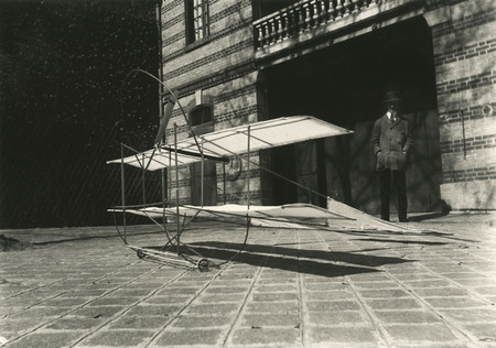 Jacques-Henri Lartigue.