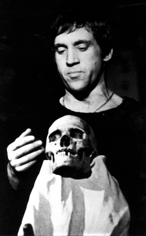 Victor Akhlomov
