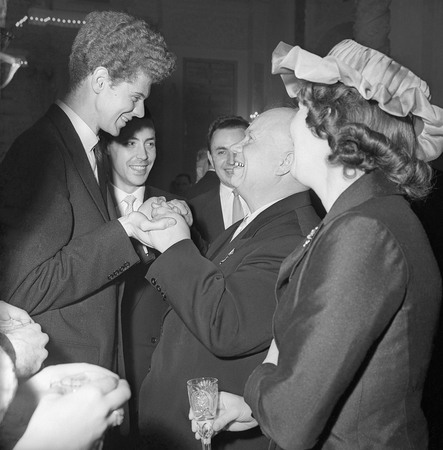 Alexander Ustinov.